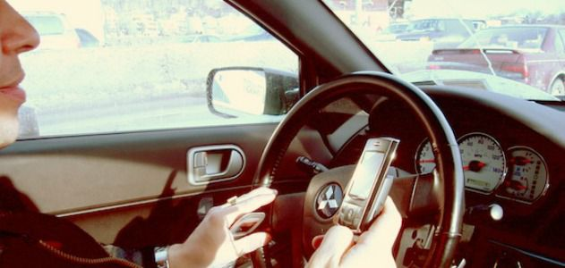 A new device could force drivers to hang up their phones.