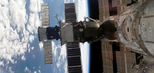 docking-soyuz-flash.jpg