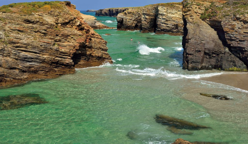Nine Places To Enjoy Naturally Green Waters This St Patricks Day