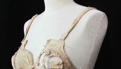 Q&A: Archaeologist Unearths 600-year-old Bra in Castle