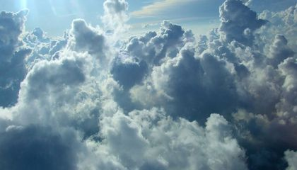 Clouds Obscure Clear Climate Forecasts