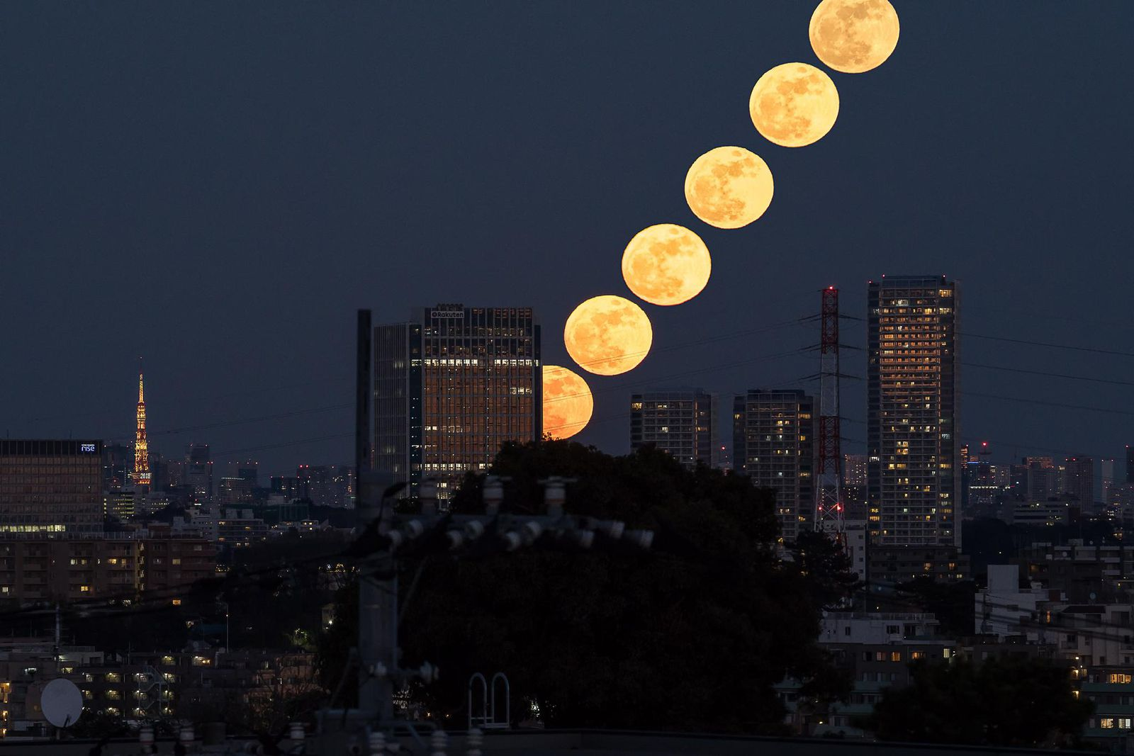 Supermoon around the world in case you missed it (pics