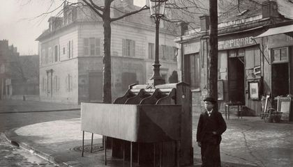 How Paris' Open-Air Urinals Changed a City—and Helped Dismantle the Nazi Regime