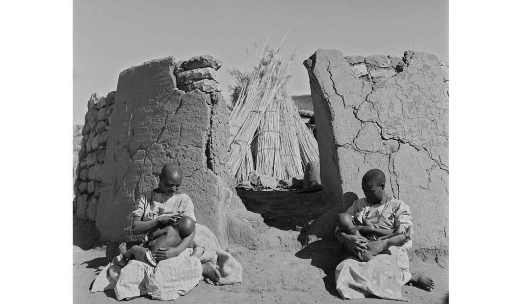 <em>Sotho Mothers and Children</em> by Constance Stuart Larrabee, 1941