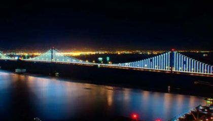 The Bay Bridge Gets Its Glow On