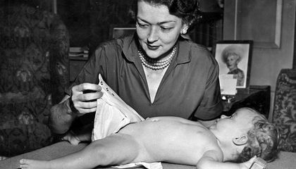 Meet Marion Donovan, the Mother Who Invented a Precursor to the Disposable Diaper