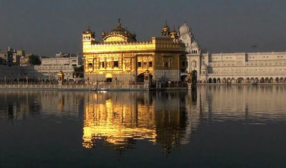 Preview thumbnail for video'Kitchen of the Golden Temple