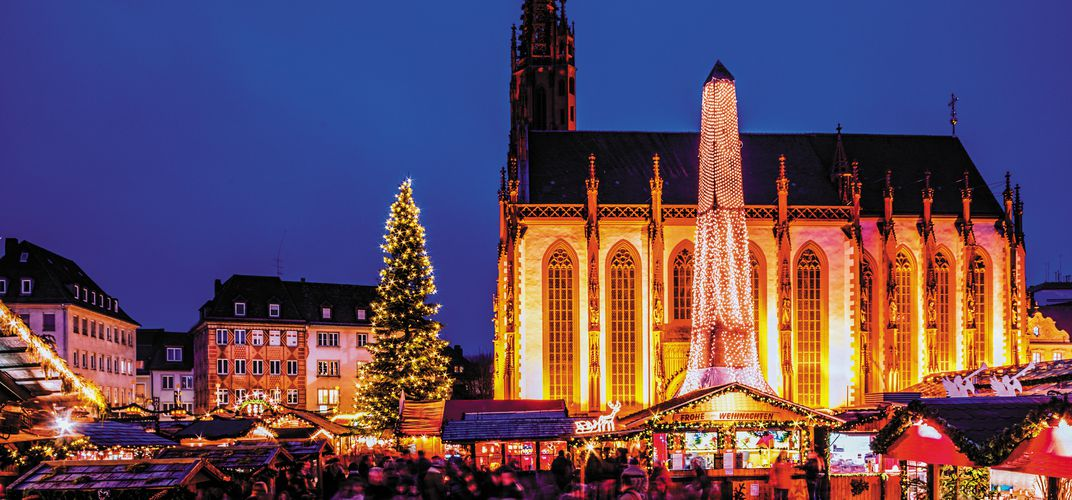 Cathedral and holiday market in Wurzburg