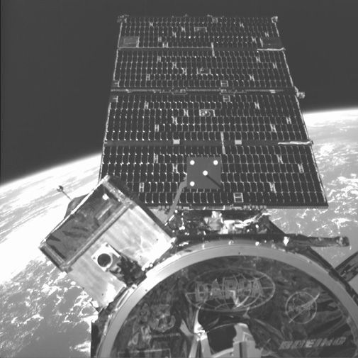 A DARPA satellite takes a big step toward automated satellite servicing.