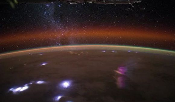 Preview thumbnail for video'The Milky Way From Orbit