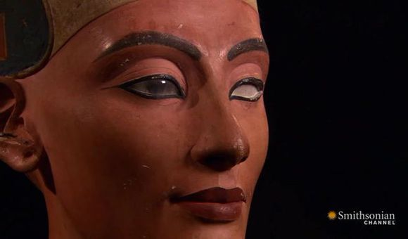 Preview thumbnail for video'The Secret of Nefertiti's Glare