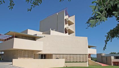 Rebuilding a Frank Lloyd Wright Classic With 3-D Printed Blocks
