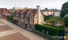 Preview thumbnail for video 'Stratford-upon-Avon Is a Magnet for Shakespeare Lovers