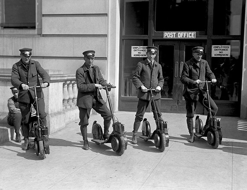 Mailmen on scooters.jpg