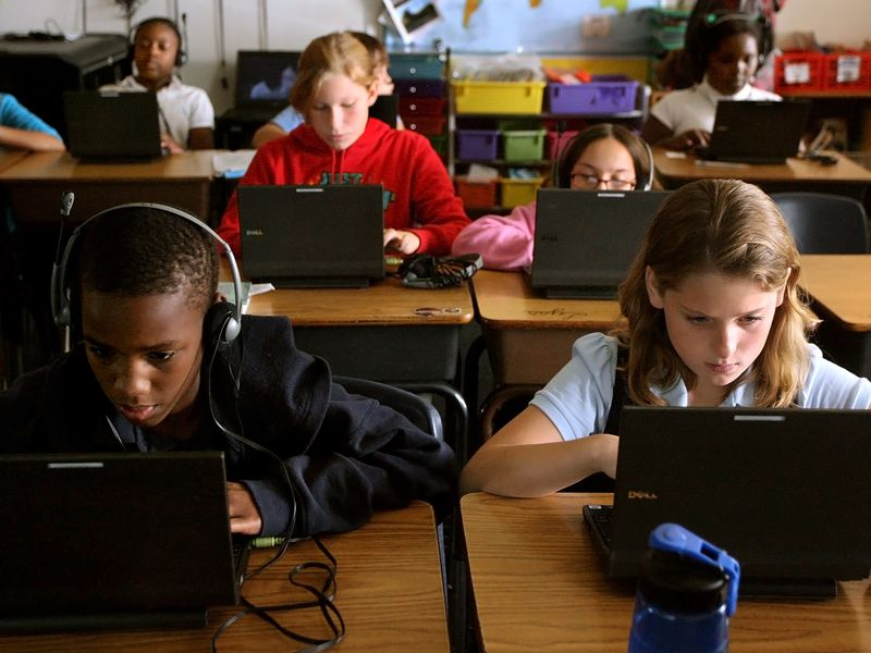 The Rise of Blended Learning | Innovation | Smithsonian Magazine