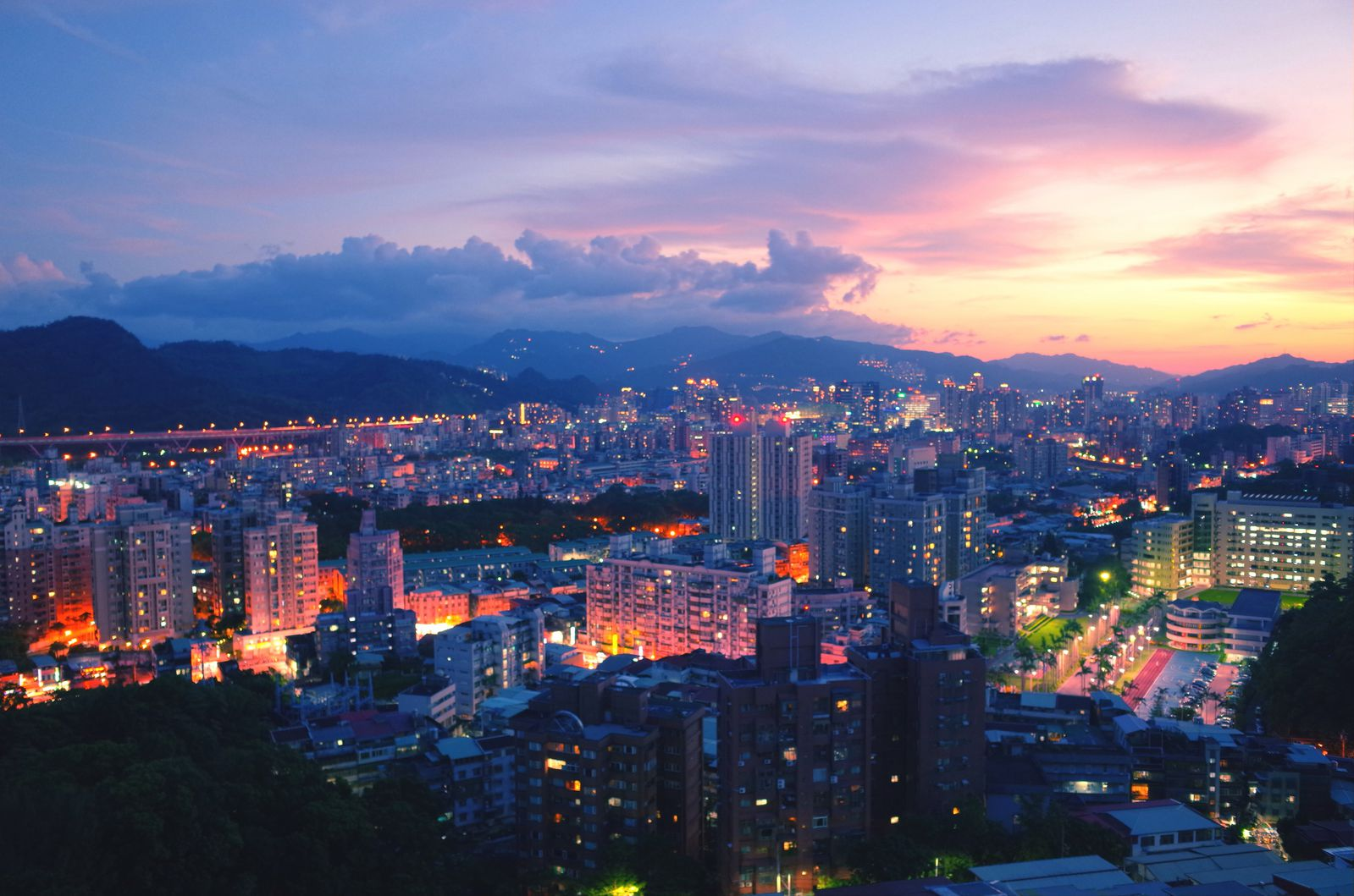 This Is the World's Best Place for Expats | Smart News
