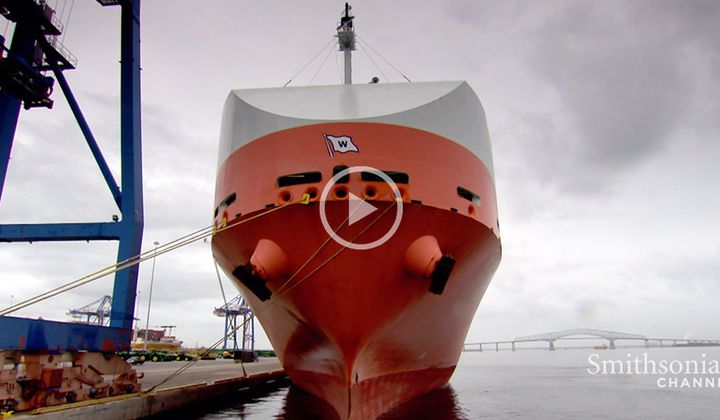 The $15,000 Robotic Cleaning That Removes a Ship's Sludge