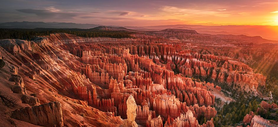 Bryce, Zion, and the Grand Canyon <p>Enjoy an overview of the natural wonders of three iconic national parks in Arizona and Utah, all in one exciting tour!</p>