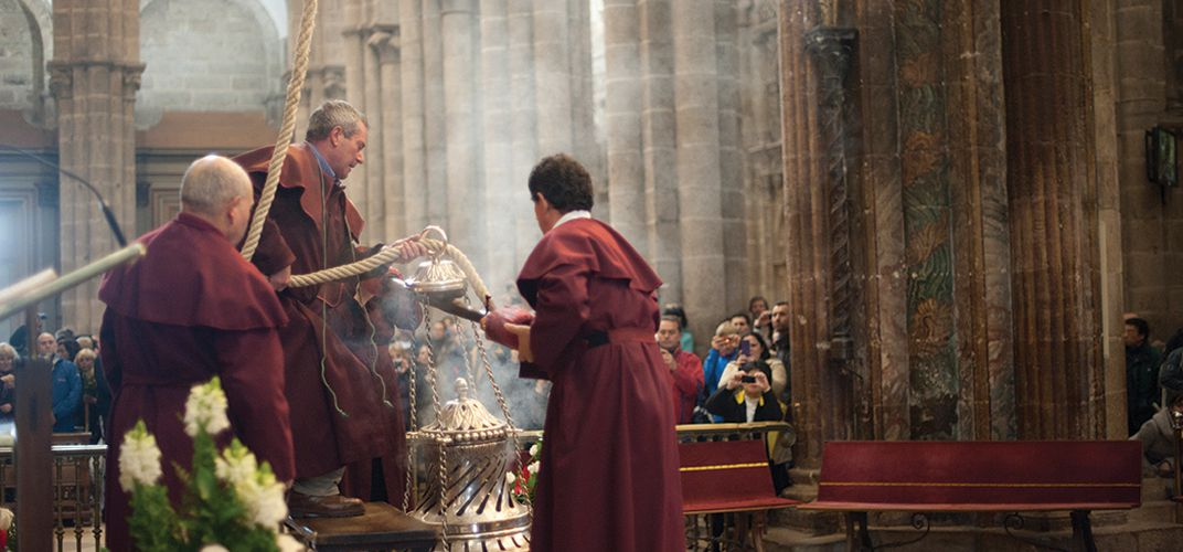 The incense tradition at the cathedral