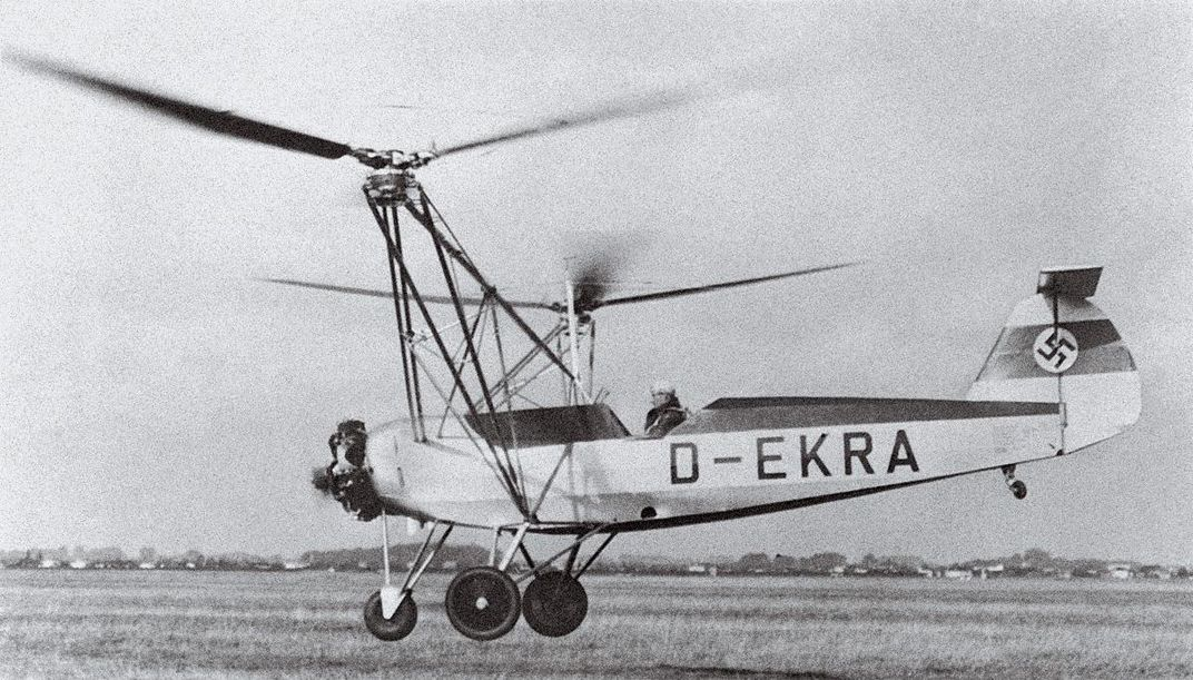 gyrocopter with D-EKRA on side
