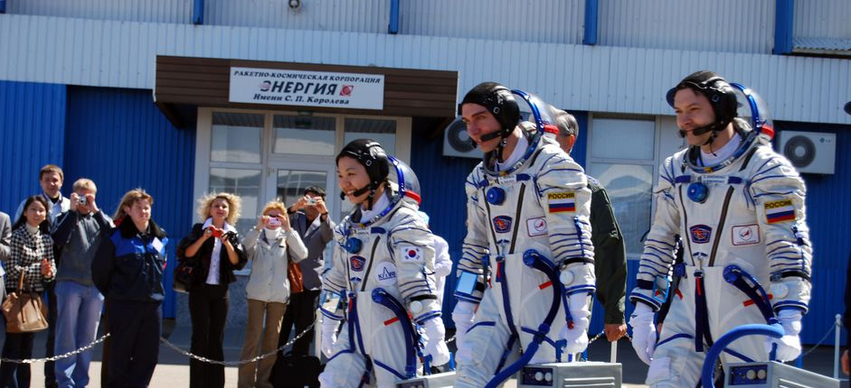 Inside the Russian Space Program <p>Our behind-the-scenes exploration of the Russian space program features a VIP viewing of the manned launch of a Soyuz spacecraft.</p>