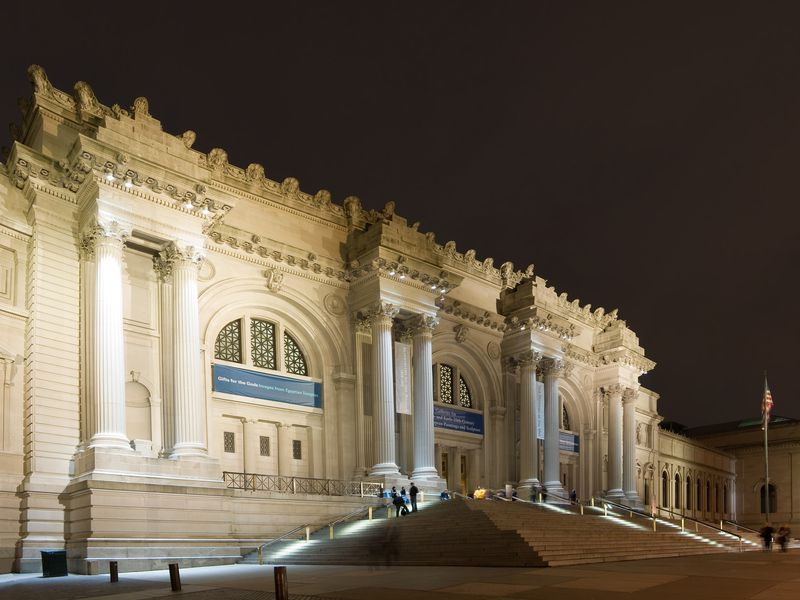 Five MustSee Museums In New York City Travel Smithsonian - 10 awesome museums where you can spend the night