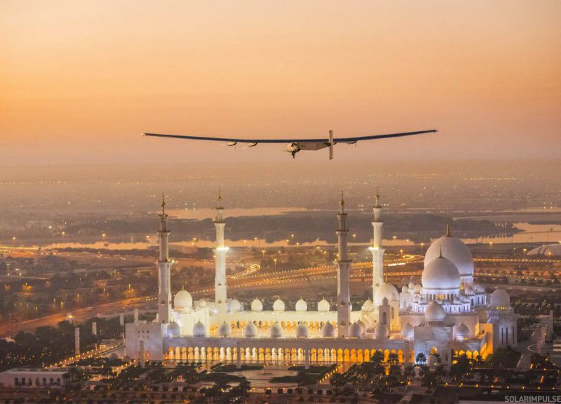 2015_02_26_Solar_Impulse_2_RTW_First_Test_Flight_AbuDhabi_Stefatou__04.jpg