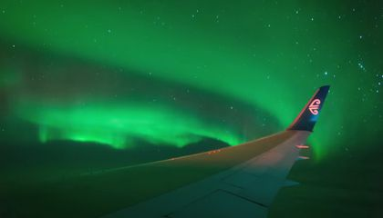 New Charter Flight Takes Passengers to See the Southern Lights