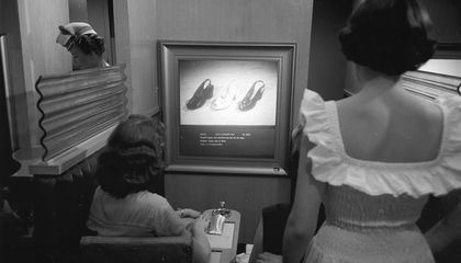 'Vis-O-Matic' Was the 1950s Version of Online Shopping