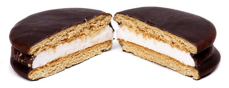 Some think the moon pie may have inspired the s'more.