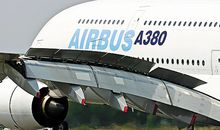 Eight spoilers on each wing add aerodynamic brakes to the A380's mechanical ones