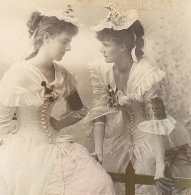 Constance Gore-Booth (left) and her sister, Eva, in 1895