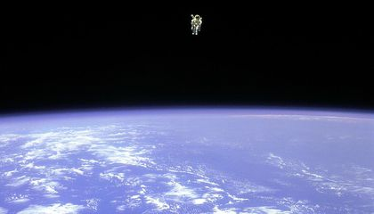 Bruce McCandless and His Flying Machine