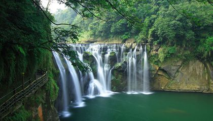 Seven Gorgeous Waterfalls to Chase in Taiwan