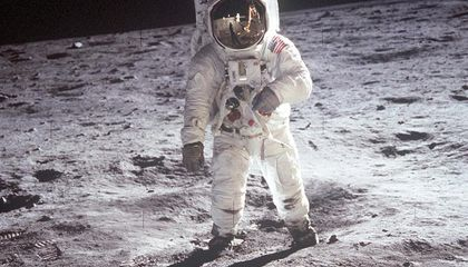 Image: The augmented reality app that lets you experience the moon landing