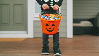 Allergic Reactions to Peanuts and Tree Nuts Spike 85 Percent on Halloween