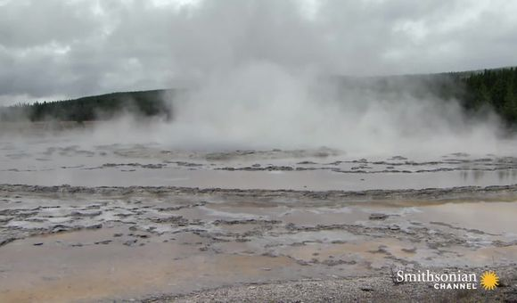 Preview thumbnail for video'Yellowstone by air