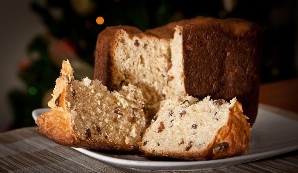 Both Italians and Peruvians look to <em>panettone</em> bread as a go-to Christmas desert.