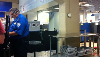 The TSA Isn't Good at Reading Body Language (And Neither are You)
