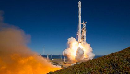 SpaceX Gets Back in Orbit: Watch Its Latest Rocket's Remarkable Landing