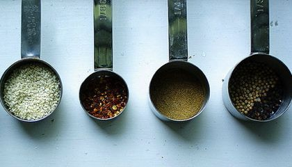 """No Salt, No Problem: One Woman's Life-or-Death Quest to Make """"Bland"""" Food Delicious"""