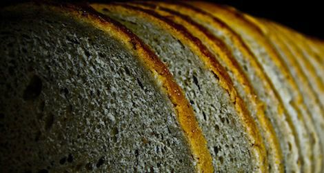 20120307094029bread_small.jpg