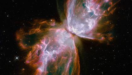 Hubble Telescope Gets Back to Work