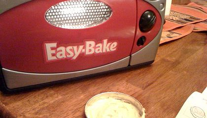 Lightbulb Ban Means Reinventing the Easy-Bake Oven