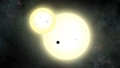 This Jupiter-Sized Planet Is the Largest Found Orbiting Two Suns