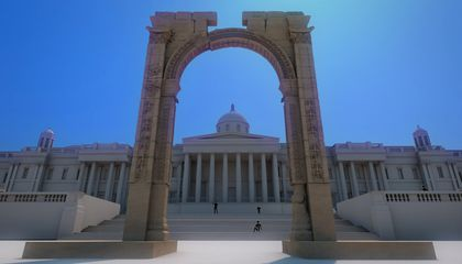 Palmyra Arch Destroyed by ISIS Rises Again in Central London