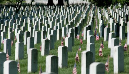 Arlington Cemetery Considers New Rules for Eligibility