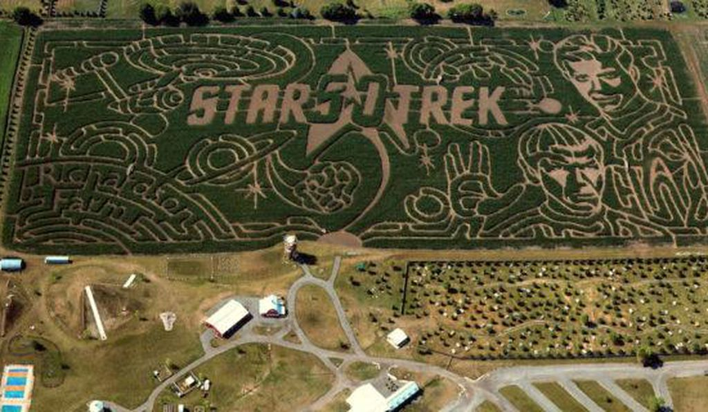 Richardson Farm in Spring Grove, Illinois is featuring Star Trek for their corn maze this year.