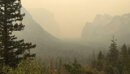 Fire Closes Yosemite Valley Indefinitely
