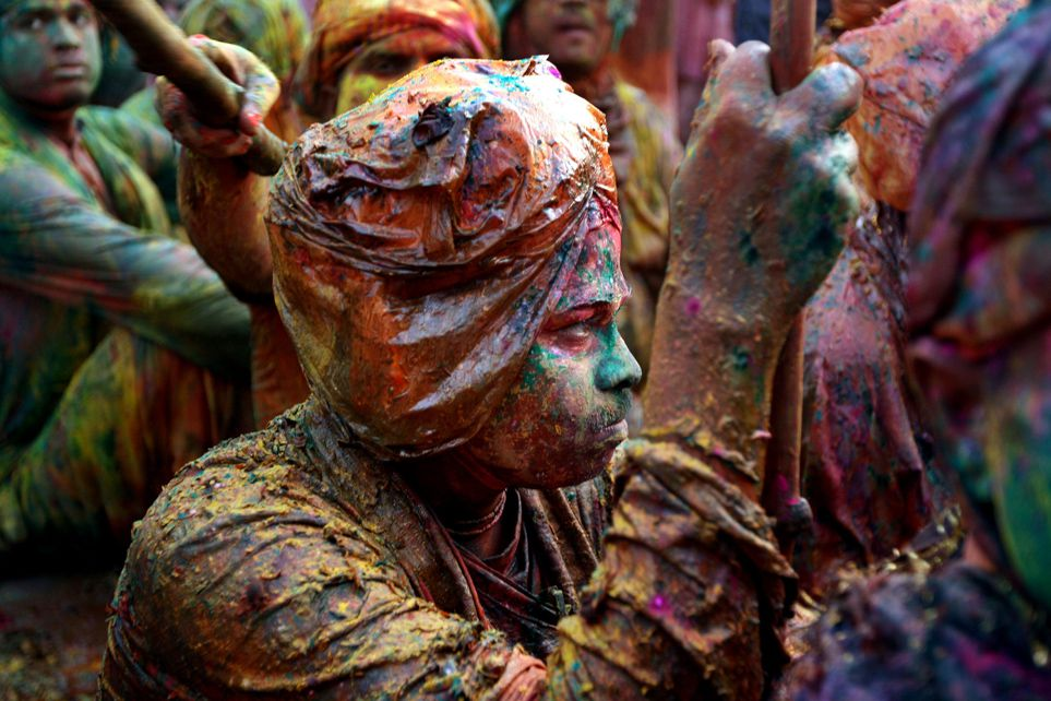 The Meaning Behind the Many Colors of India's Holi Festival